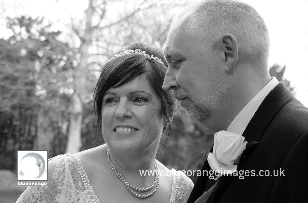Caroline & Keith, Denham Grove wedding photos