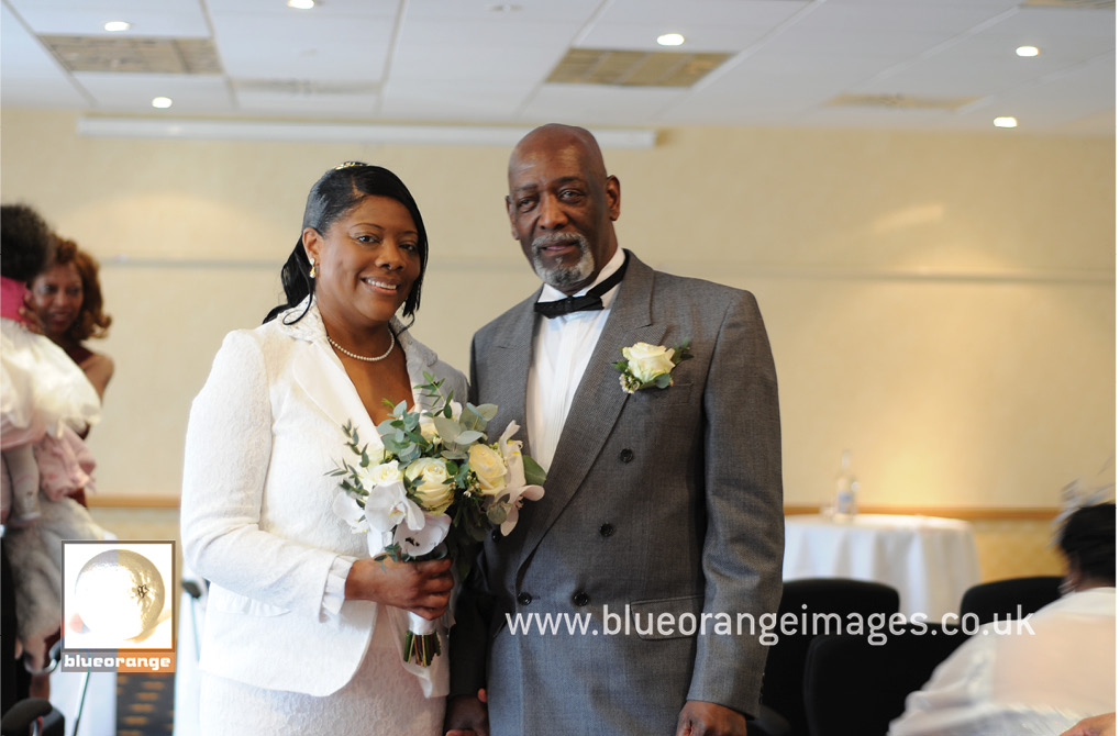 Barbara & Rupert's wedding photos, Watford Hilton Hotel