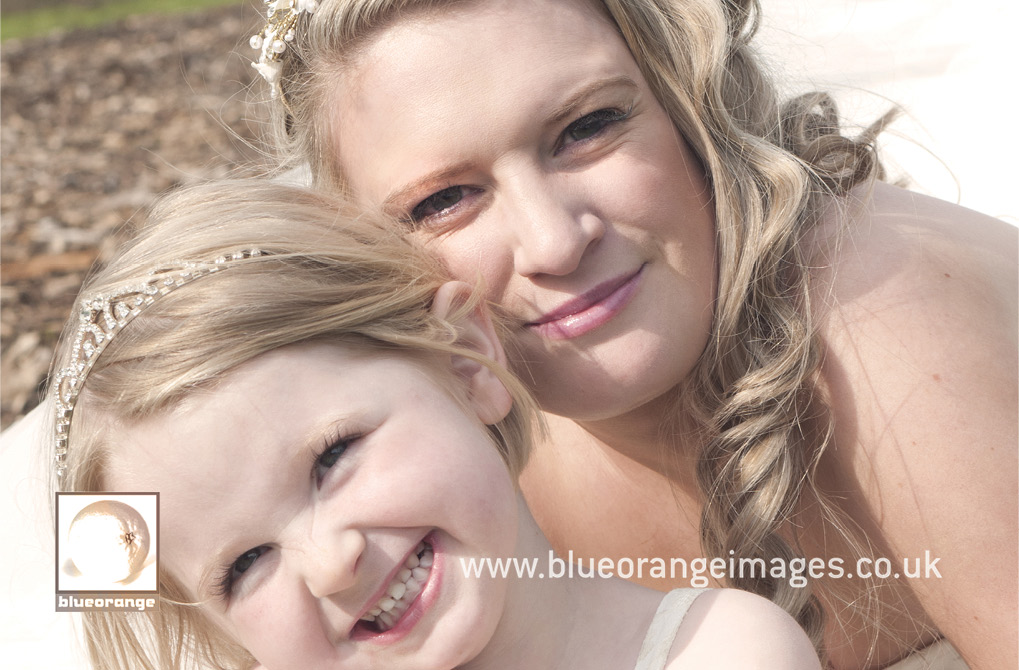Lucinda & Dave – Watford Church of the Nazarene, the bride and the flowergirl