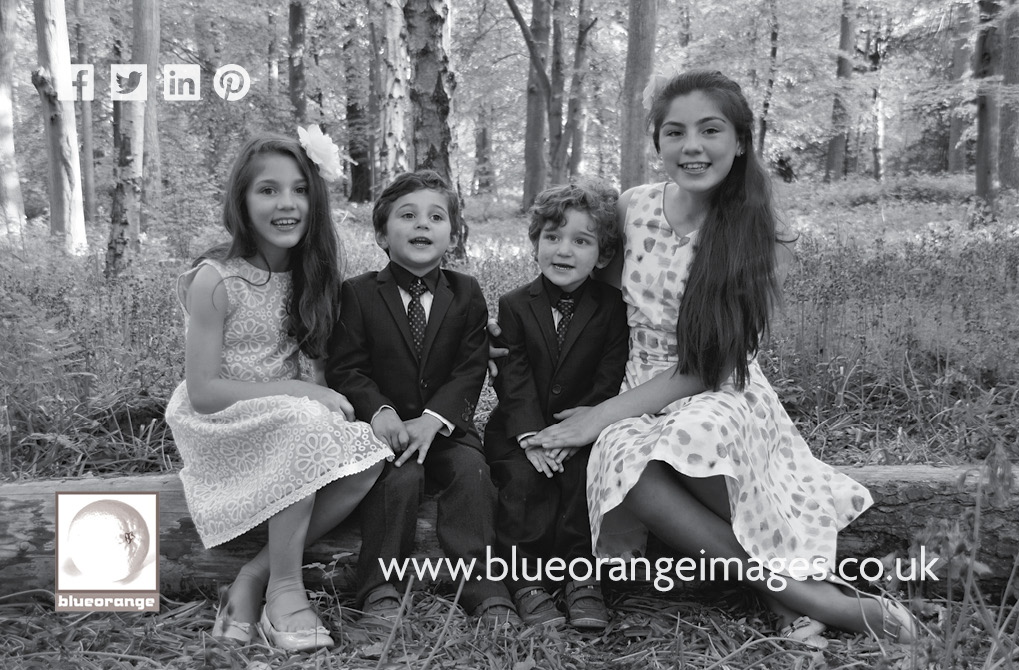 Buy a family photography voucher, Watford